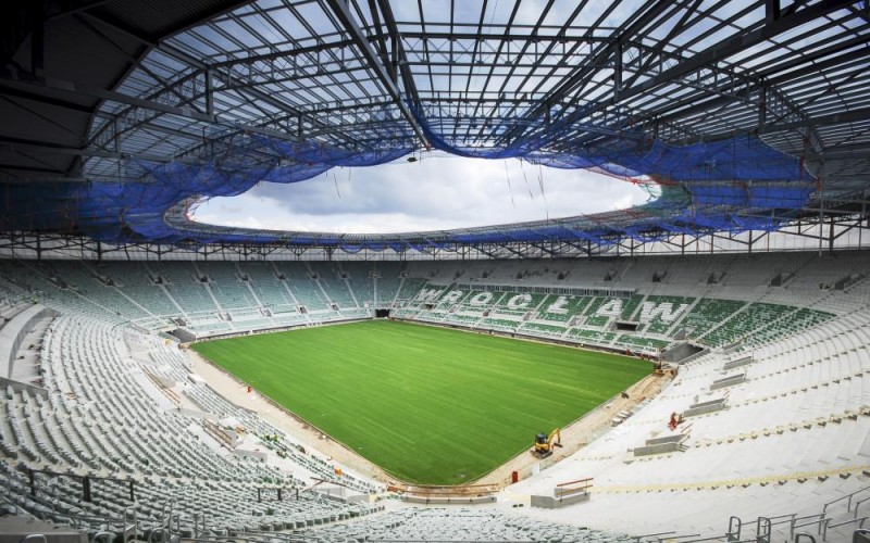 Complex geodetic services for the construction of a stadium in Wrocław before EURO 2012
